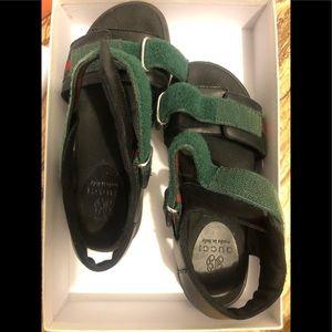 Kids Gucci sandals sz 1
